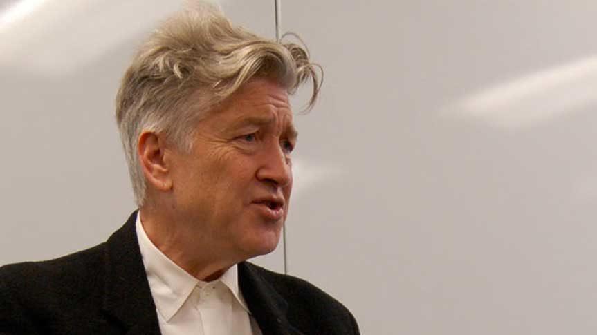 Photo David Lynch en conférence à Lille pour présenter la Méditation Transcendantale