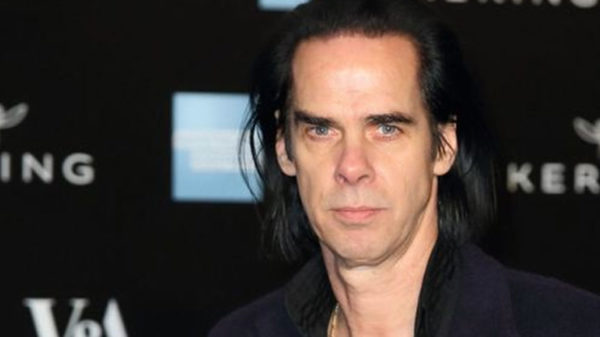 Photo de Nick Cave pour la Méditation Transcendantale