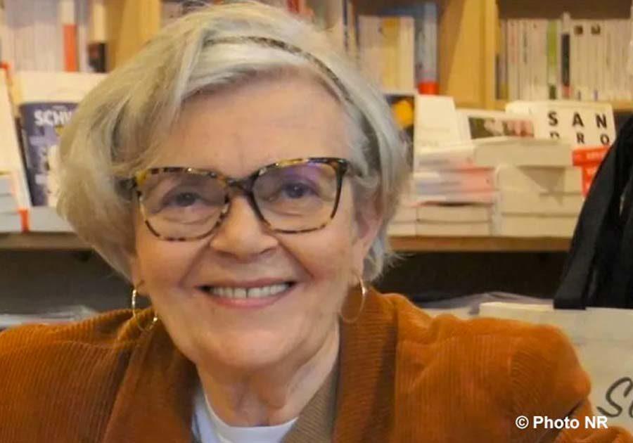Laure Amouyal auteure du livre : La voie royale du Yoga